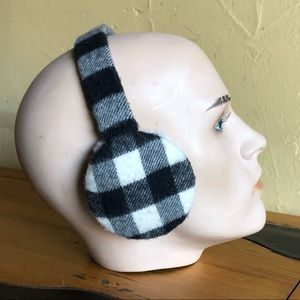 Burberry earmuffs great condition